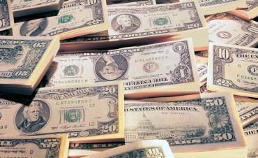 Por la crisis en Brasil, el dólar se disparó y saltó 36 centavos a $ 16,27