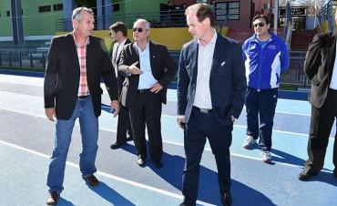 Bordet destinará parte del crédito internacional a las juntas de gobierno