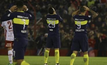Boca la pasó mal ante Huracán, que le amargó el triunfo en la jugada final