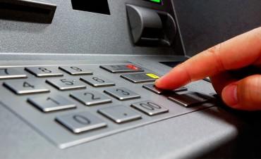 Las comisiones bancarias subirán otros 15 por ciento en los próximos meses