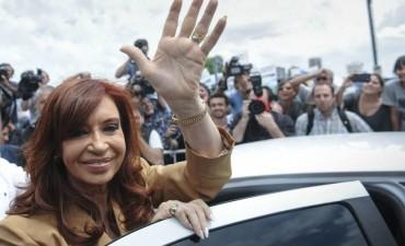 Para la Cámara no hay pruebas para indagar a CFK en la causa de Báez