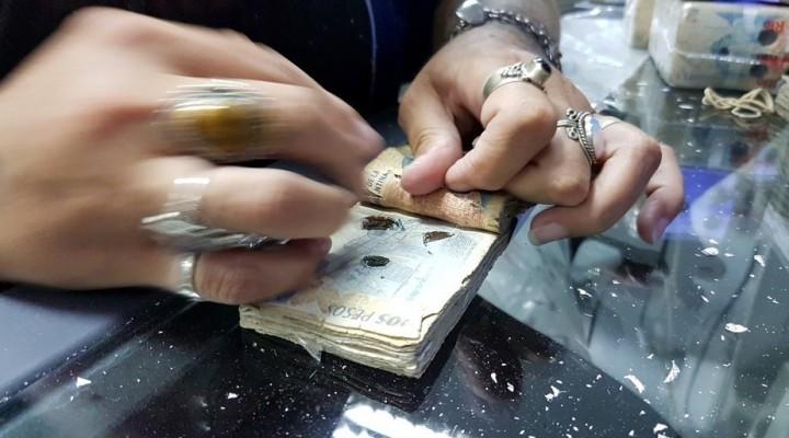 Los billetes de dos pesos se despidieron: dejaron de ser dinero
