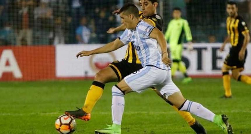 El ex DT de Patronato, Ricardo Zielinski, está a un paso de hacer historia en Atlético Tucumán