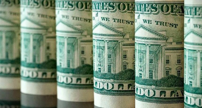 El dólar se reacomoda por encima de los $ 22 tras decisión del Banco Central