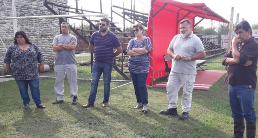 Importante encuentro  institucional entre el Club Las Flores , la Liga de Fútbol , el Intendente Chapino y la Senadora N. Miranda