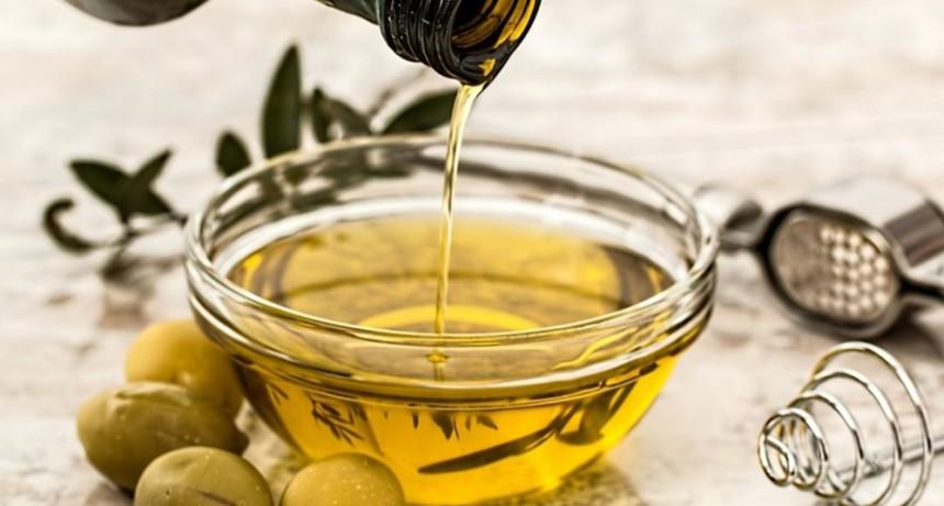 La Anmat prohibió la comercialización de un aceite de oliva, entre otros productos
