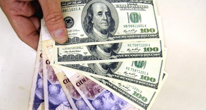 Claves para ahorrar con sueldo promedio y protegerse ante la suba del dólar