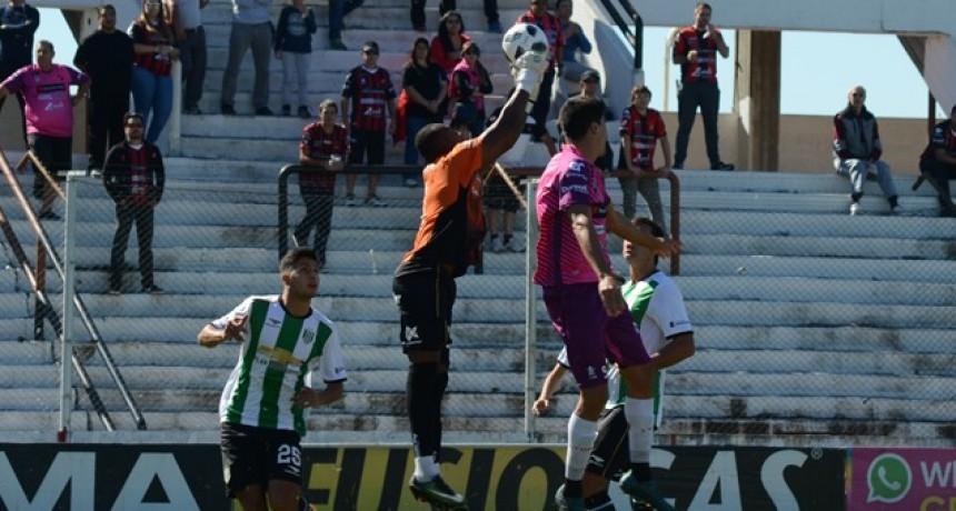 En el Grella, Patronato se despidió de la Superliga con un empate ante Banfield