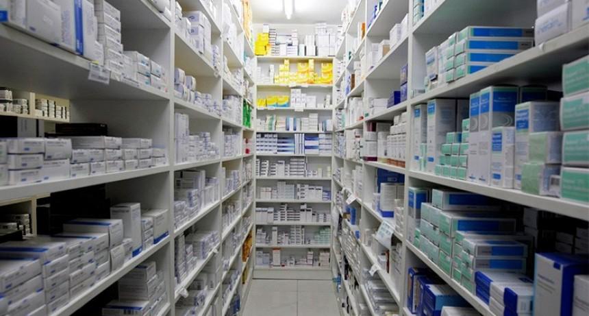 Desde medicamentos hasta bananas: Los productos que más subirán por el dólar