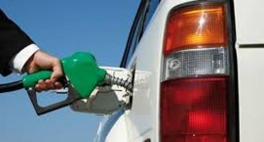 Prevén que el litro de nafta Premium podría llegar casi a 50 pesos en diciembre