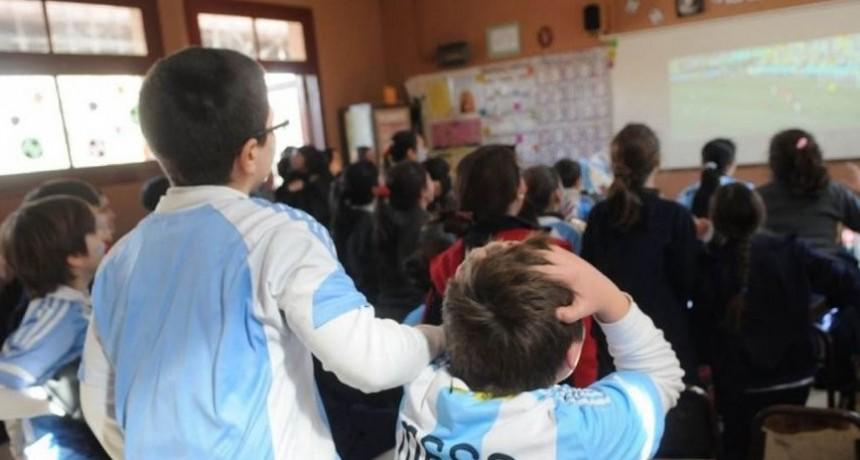 ¿Podrán verse los partidos de Argentina en las escuelas?