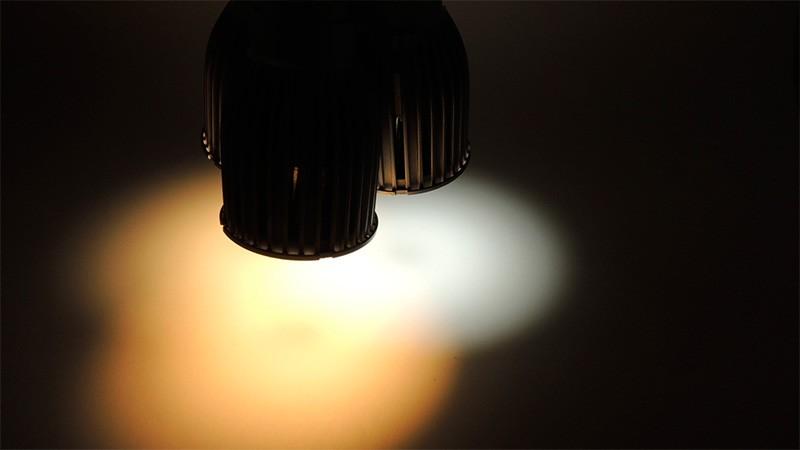 Advierten sobre los efectos nefastos de las luces led en la retina y el sueño
