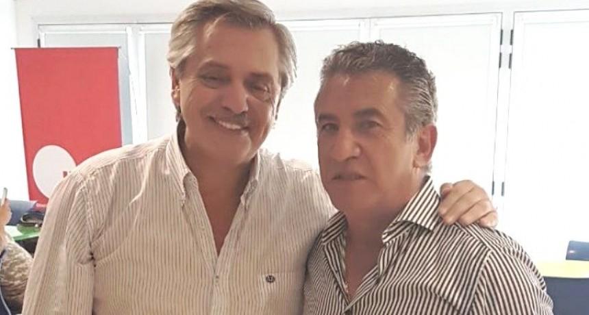 """Urribarri convocó a """"militar con alegría para tener en la Casa Rosada un gobierno que le devuelva la felicidad a los argentinos"""""""