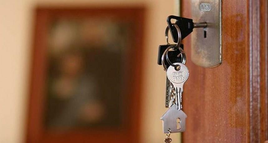 Familias con créditos UVA reclaman