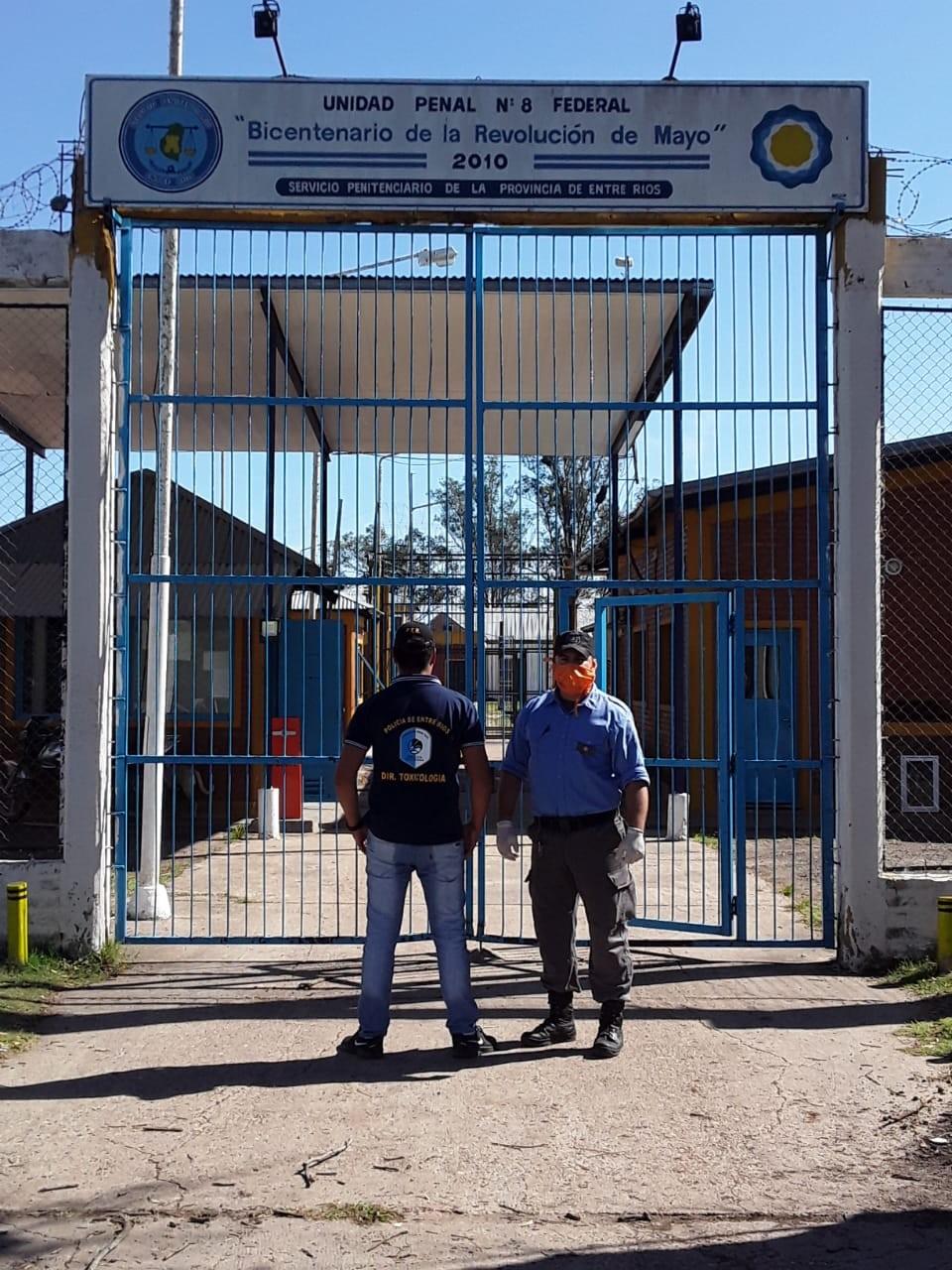 En una encomienda destinada a un interno , secuestran droga en el Penal de Federal