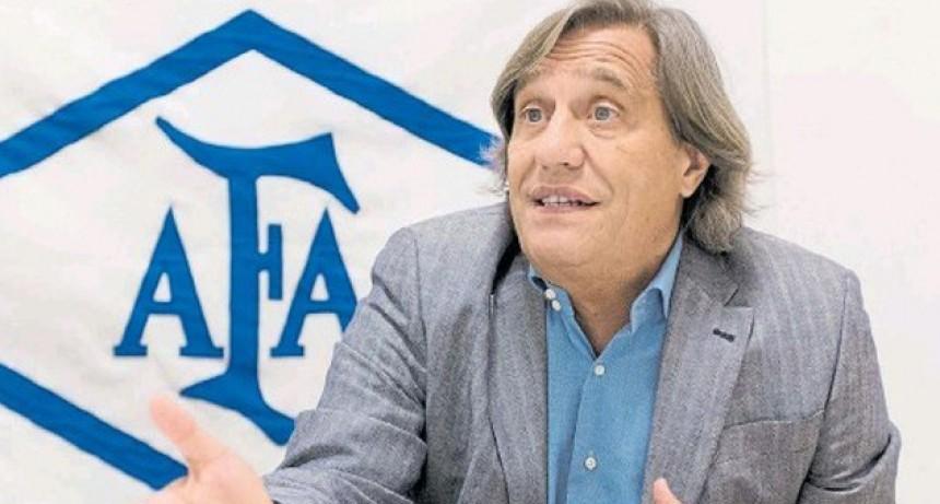El médico de AFA ve inviable los protocolos para entrenar que presentaron dos equipos argentinos