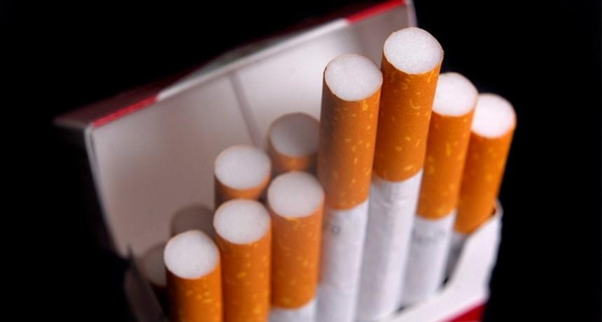 Ante la escasez, autorizaron la importación de cigarrillos