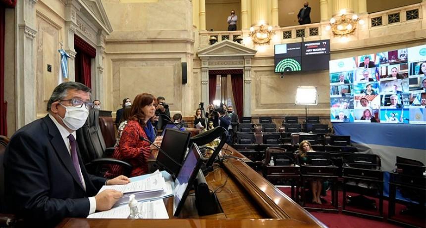 Senado aprobó 20 decretos del Gobierno en la primera sesión virtual