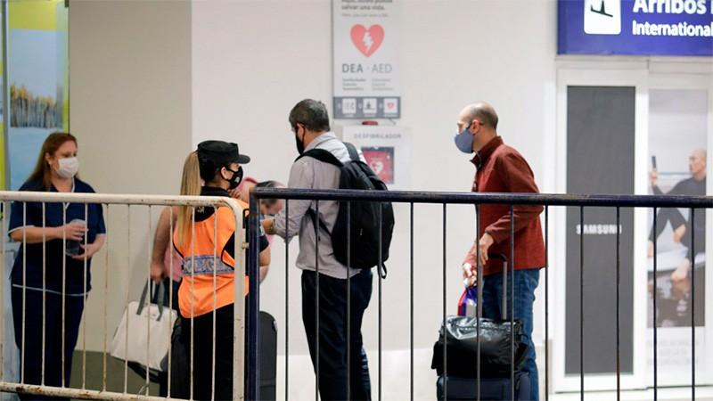 Prorrogan el cierre de fronteras para el turismo hasta el 21 de mayo