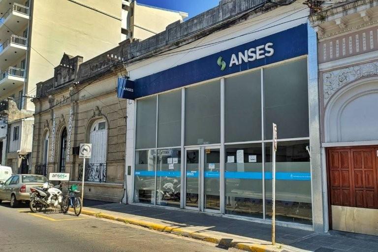 ANSES recordó los beneficios que se abonan este miércoles