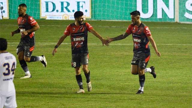 Un gran cierre: Patronato logró una victoria histórica ante Boca en el Grella