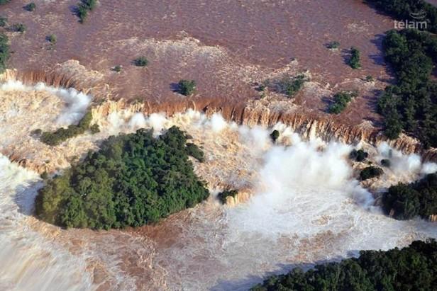 Crece el río Paraná y hay alerta en cuatro provinicas con ciudades ribereñas
