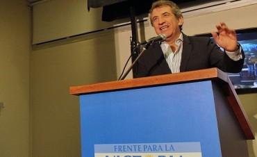 Camino a las PASO 2015: Urribarri sigue subiendo
