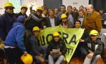 Urribarri destacó los avances logrados en el país en derechos laborales