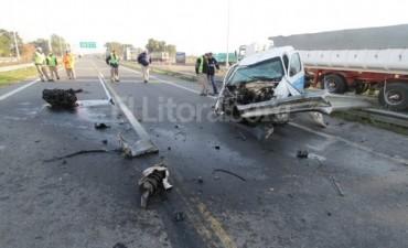 Un violento choque en la ruta nacional 168 - Paraná - Santa Fe