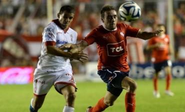 Independiente y Huracán deberán jugar una final para definir el ascenso