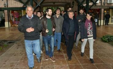 El Pato estuvo en Tigre y criticó a Sergio Massa