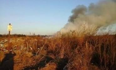 Vecinos preocupados por la quema en el basural