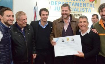 Urribarri y Cresto llamaron a la unidad del PJ y ratificaron apoyo a Bordet
