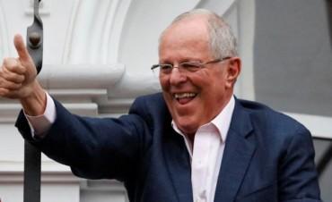 Perú: Pedro Pablo Kuczynski, ante el desafío de gobernar sin votos propios
