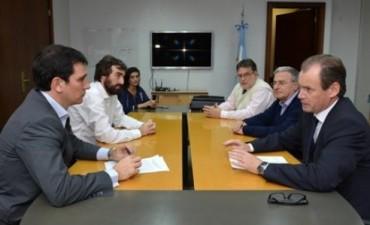 Bordet tramitó en Nación la continuidad de las viviendas por consorcio