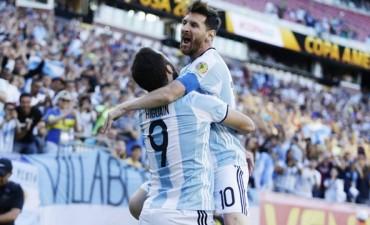 Argentina aplastó a Venezuela y se clasificó a las semifinales de la Copa América