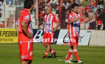 Atlético Paraná terminó la temporada con una abultada derrota ante Central Córdoba