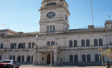Salió el decreto de recategorización para 1.400 estatales entrerrianos