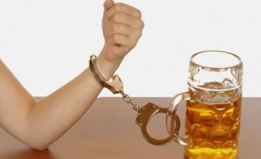 El alcoholismo es