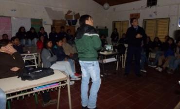 EL MUNICIPIO BRINDA CHARLAS DE EDUCACIÓN VIAL EN ESCUELAS RURALES