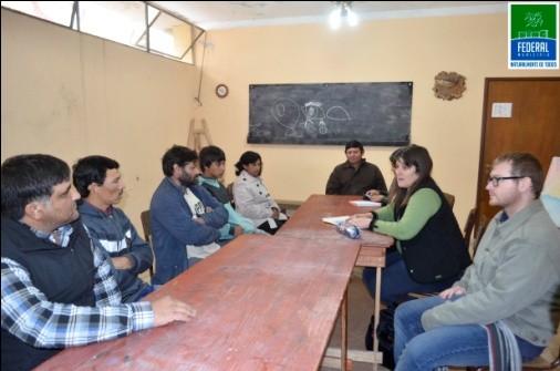 Reunión con un grupo de ladrilleros de Colonia Federal