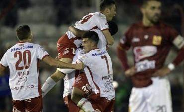 Huracán logró una histórica remontada y pasó de ronda en la Copa Sudamericana