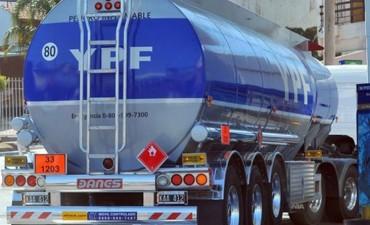 YPF confirmó suba de comisiones para evitar que cierren estaciones de servicio