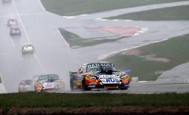 TC en Posadas: Spataro se llevó una carrera interrumpida por la lluvia