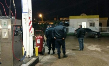 INSÓLITO: Fueron detenidos en la misma estación de servicio que habían asaltado