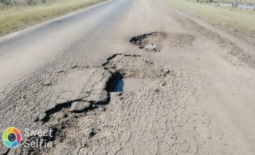 Nadie se da por enterado de nada .Aumentan las criticas , malestar , roturas, accidentes por el pésimo estado de la Ruta Provincial N 22
