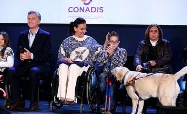 Cambiemos : Con un decreto de Menem, Macri elimina las pensiones de discapacitados