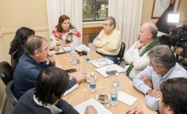 Planifican obras en los caminos secundarios y terciarios de Federal