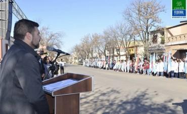 Federal : Acto oficial por el Día de la Bandera
