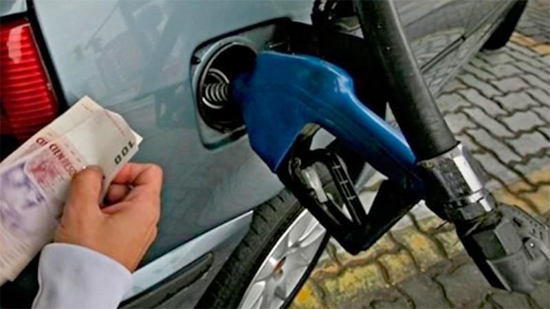 Los precios de las naftas suben este fin de semana entre 4 y 5 por ciento